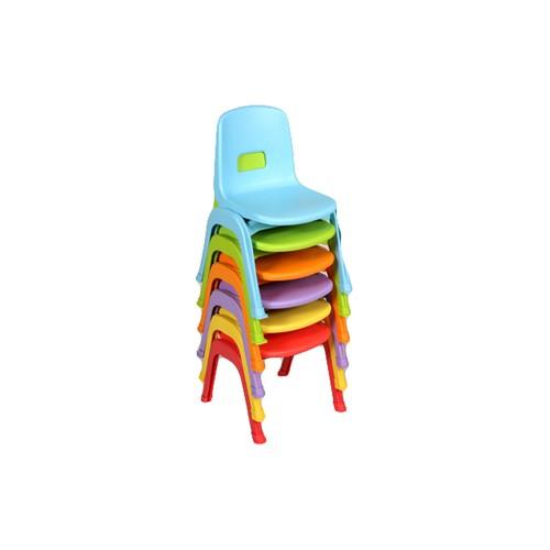 Sedia in plastica impilabile vari colori per Nido