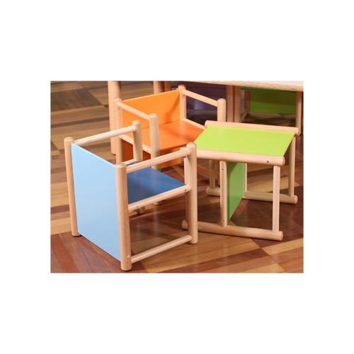 X6 sedie sofia pluriuso colori a scelta nidoarredo per asili for Arredo asili nido
