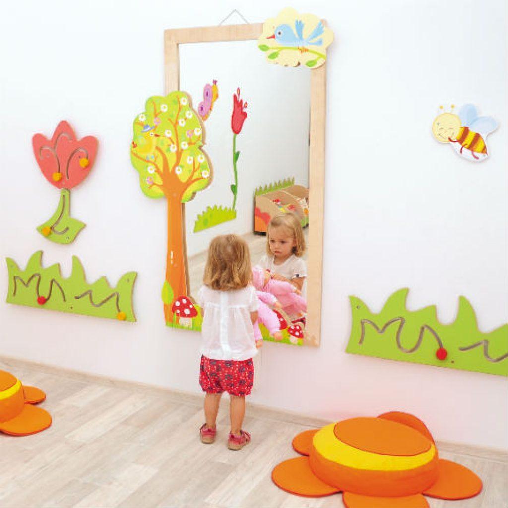 arredo-asili-specchio-bosco-muro